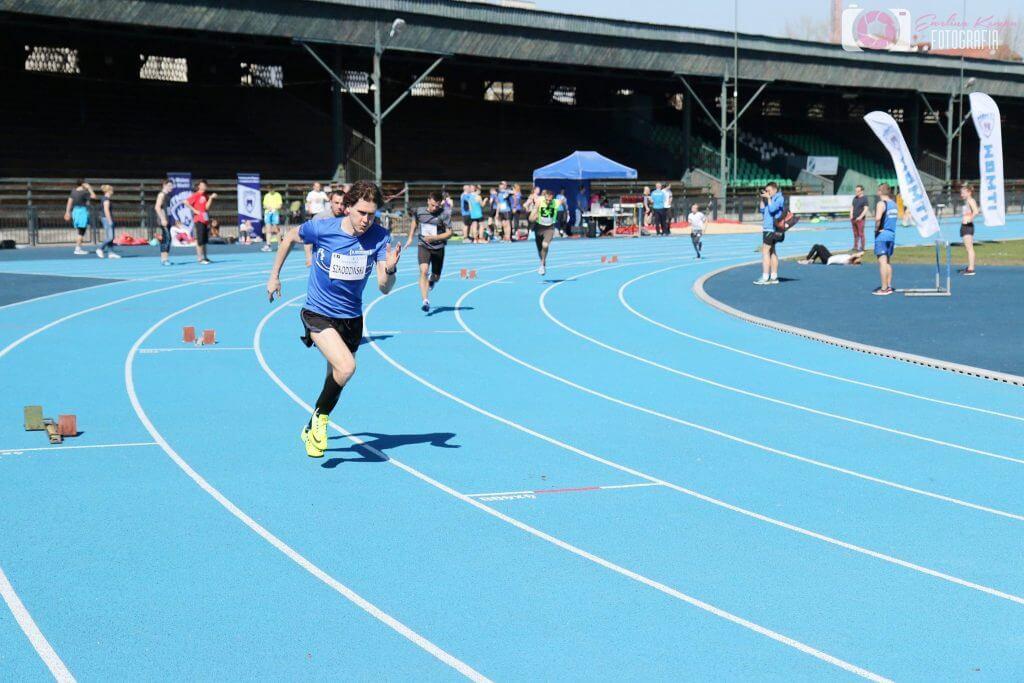 Start biegu na 400m