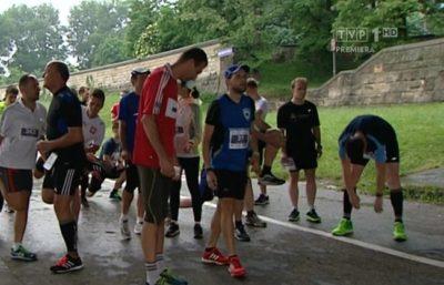 W TVP Sport o ITMBWieczorem. Sylwia Dekiert i Przemysław Babiarz prezentują relacje z zawodów, a także dzielą się poradami na temat ćwiczeń, ubioru czy diety.
